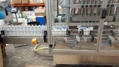 Envasadora automática de líquidos